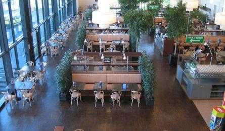 Salle de cafétéria - Cora - Houssen