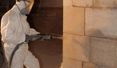 Nettoyage de parements pierre