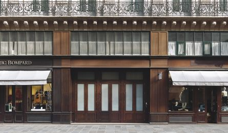 Shop window Eric Bompard – rue Scribe - Paris