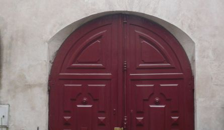 Carriage entrance – private mansion – Nancy